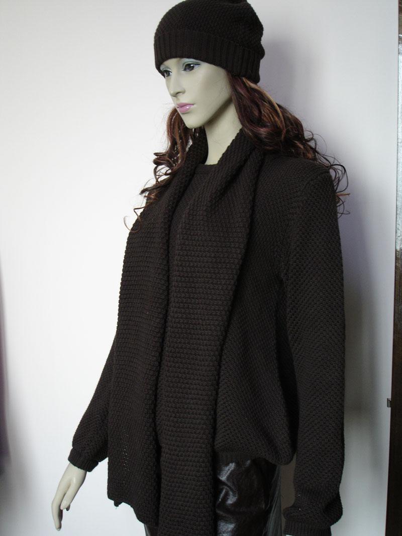 黑色棉袄背心搭配图片