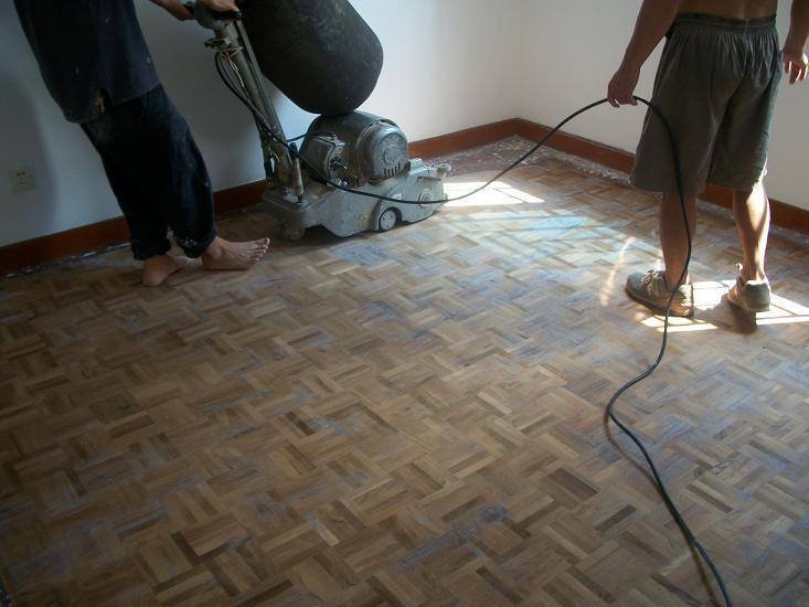 专业二手房翻新,木地板翻新,墙面刷漆(内空)