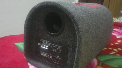 [转让]全新车载君诺mp3低音炮低价转让