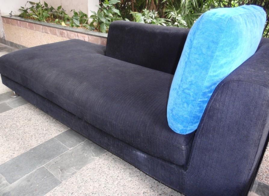 50元转让黑色贵妃位布艺沙发,超舒服图片
