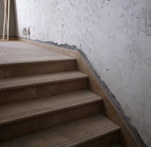 地脚线装修效果图 客厅地脚线效果图 瓷砖地脚线效果图