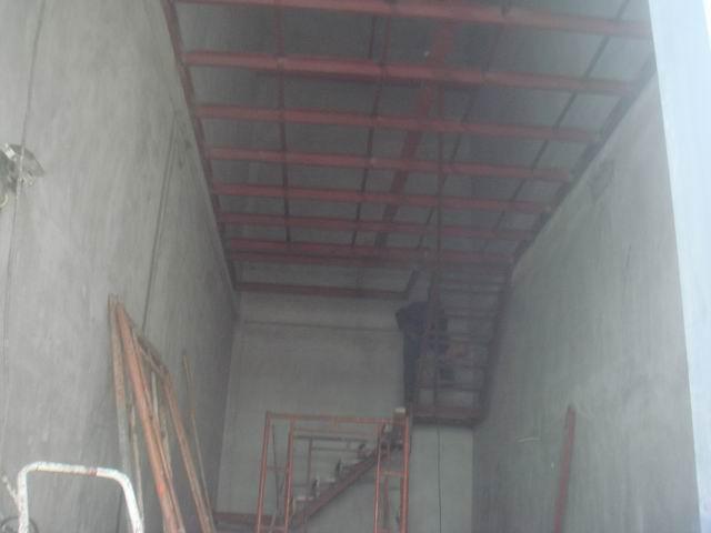 > 钢混结构阁楼 与混凝土阁楼和钢结构阁楼的区别