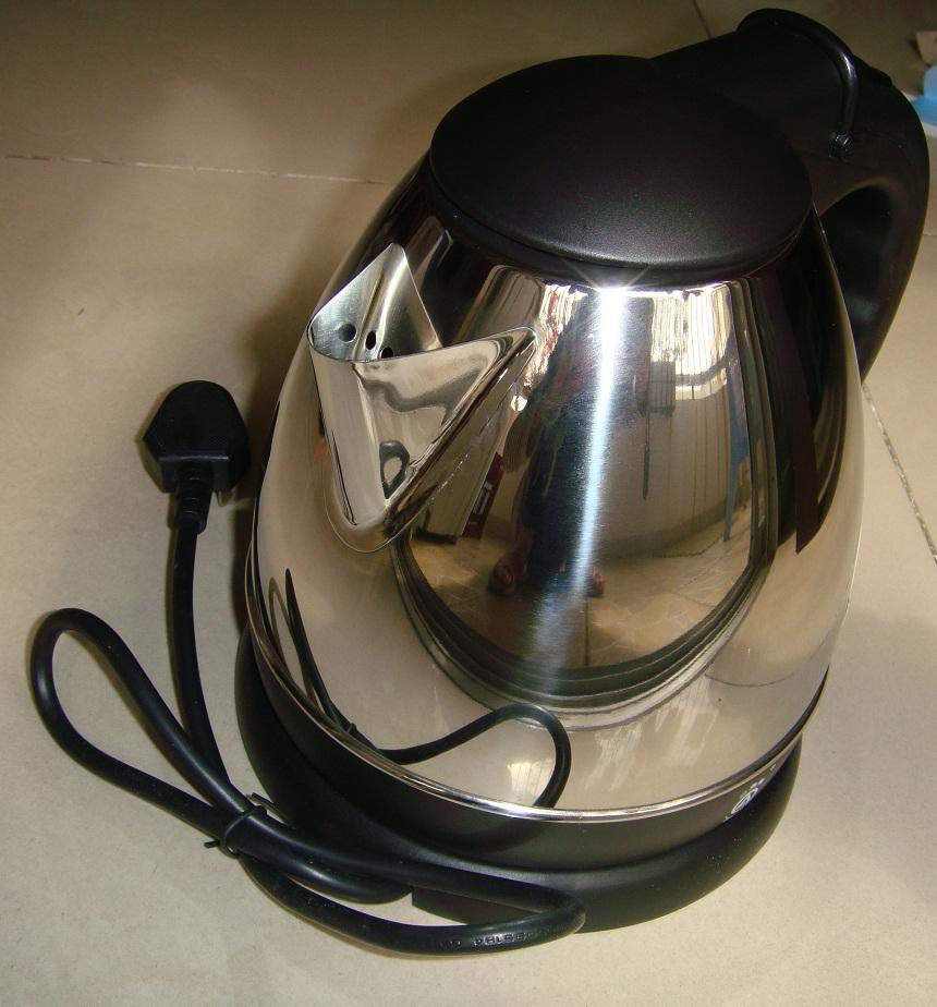 [转让]50元全新三角牌电热水壶
