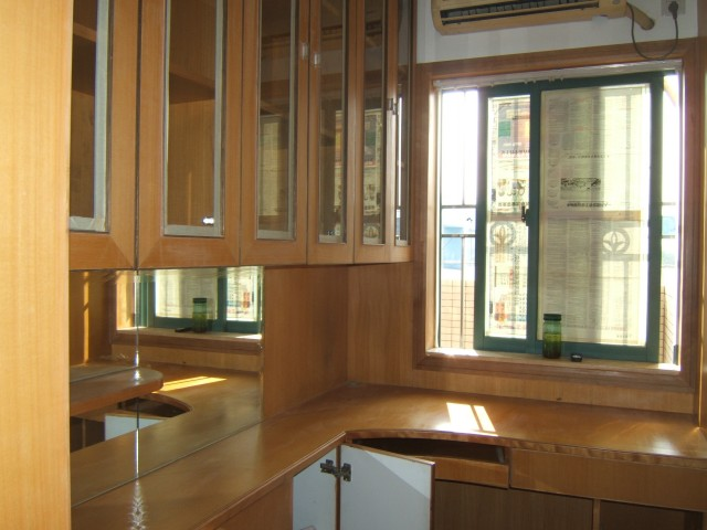 150平米的房子装修,急需设计和施工 有平面图