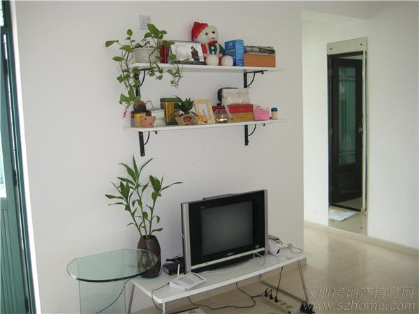 [转让]离深转空调,电视,衣柜,电视柜,书桌,床+床垫,沙发等