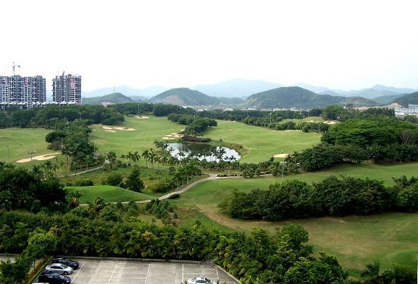 > 惠州唯一cbd高尔夫别墅汤泉半岛男人心里的那棵墅