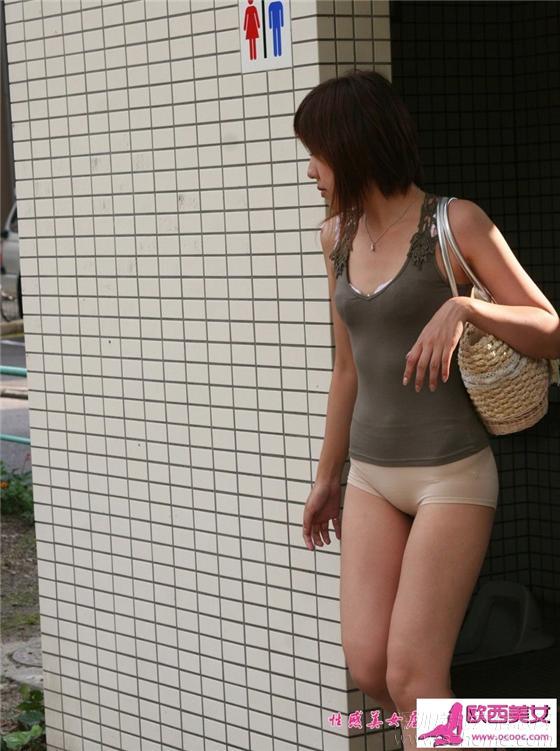 natsumi穿成这样就上街了