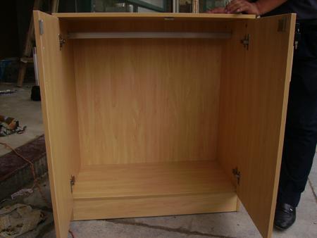 一米衣柜内部结构图