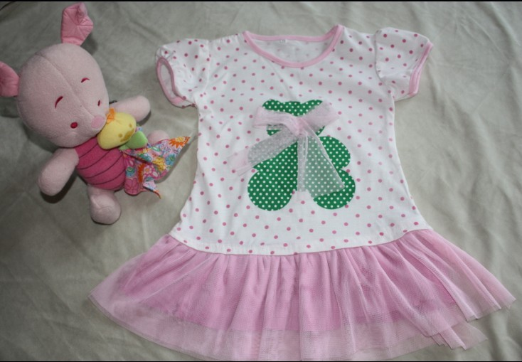 > [转让]小女孩的夏季衣服裙子(80-100公分)