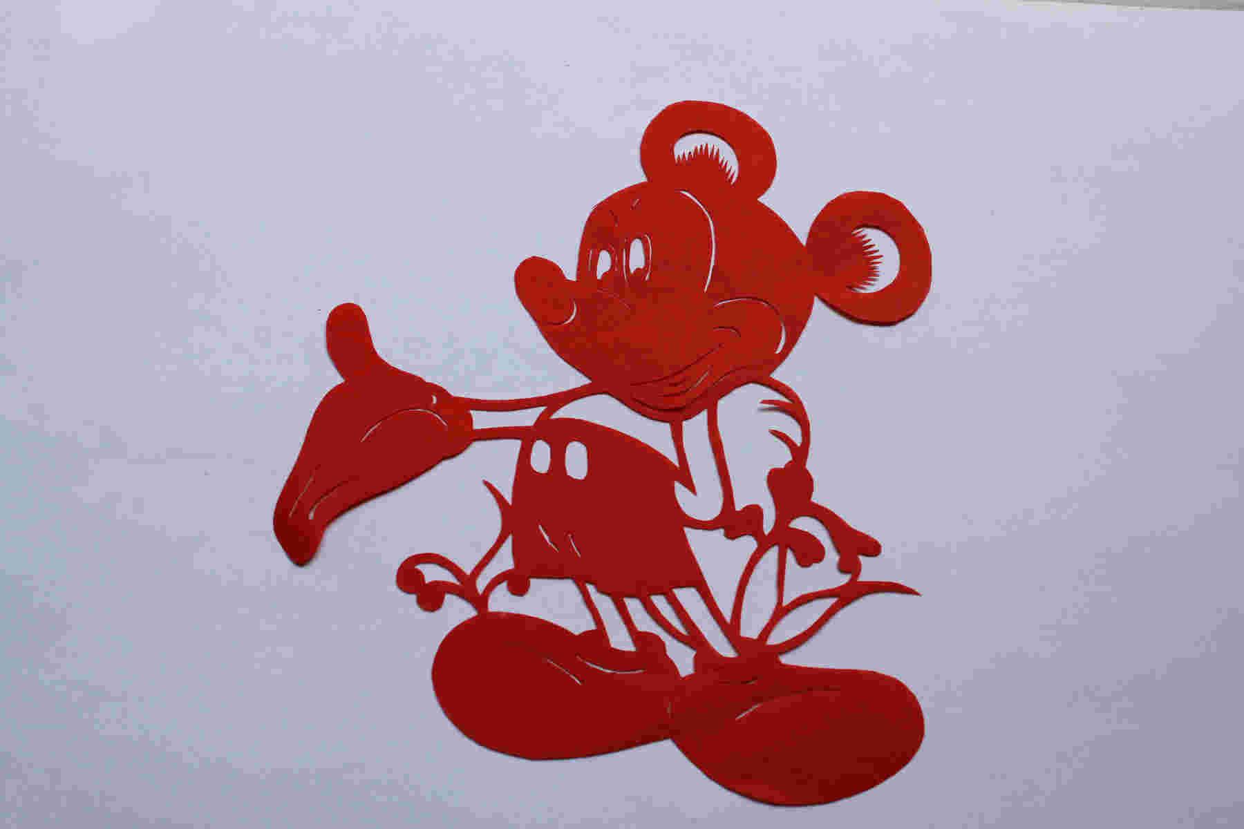 米奇老鼠剪纸步骤