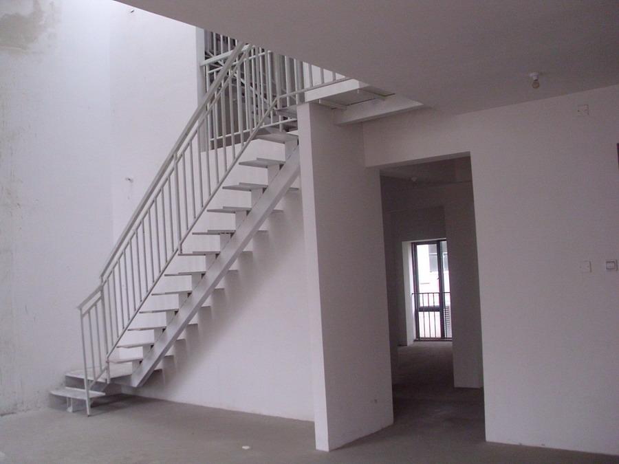 4米高的楼梯设计图