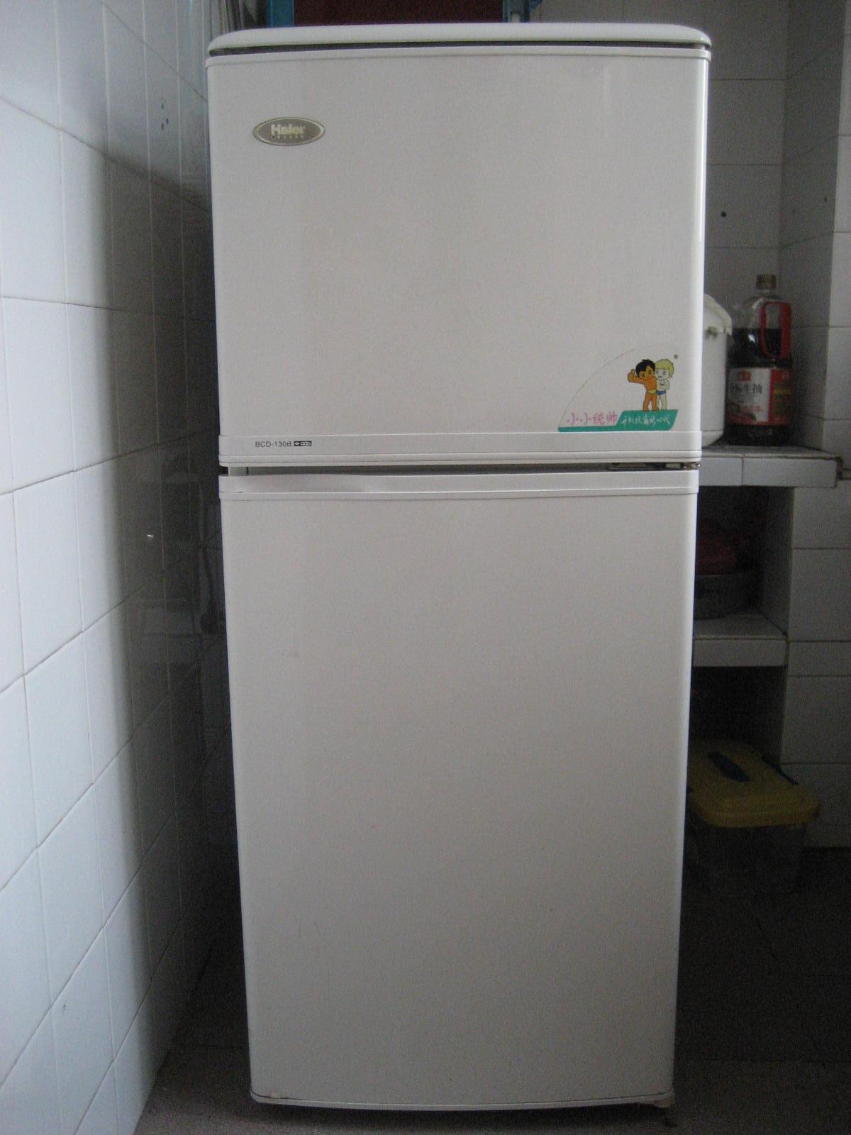 > 转让8成新海尔两门冰箱