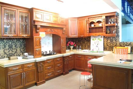 橱柜样板优惠大特价处理   进口樱桃木+双色石英石台面;3个纯实木工艺