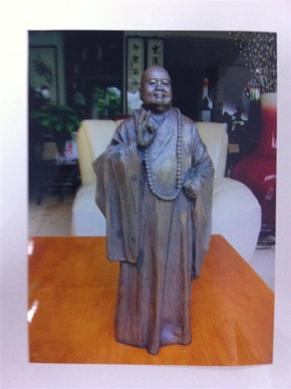 > 雕塑大师----潘鹤的部分作品,价格从10--70万不等.