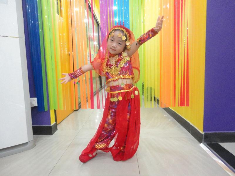 巴莎舞蹈团可爱的孩子们
