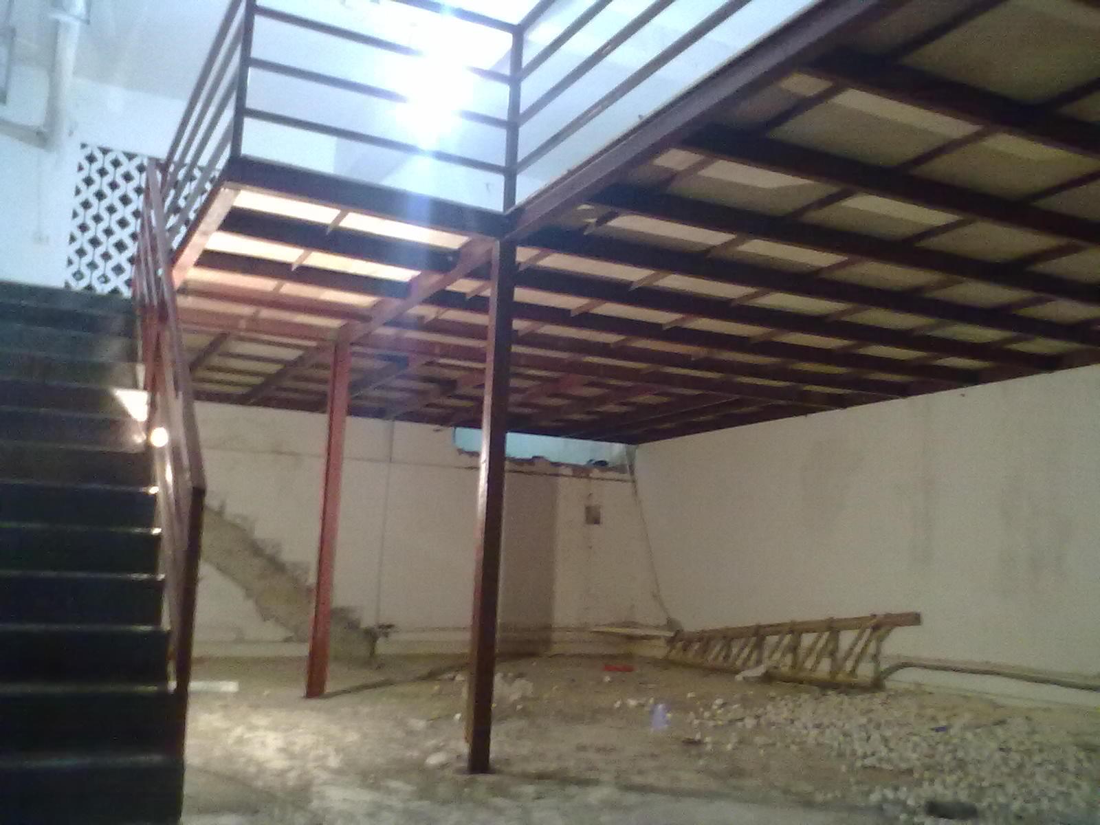 钢木结构阁楼焊接施工照片