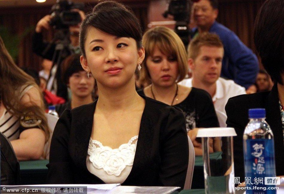 韩国台球第一美女桌球美女潘晓婷图片桌球美女潘晓婷
