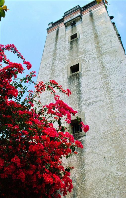 风雨雕花楼的感觉来了    红 -惊叹,天悦湾附近竟有如此美景 大量PP哦