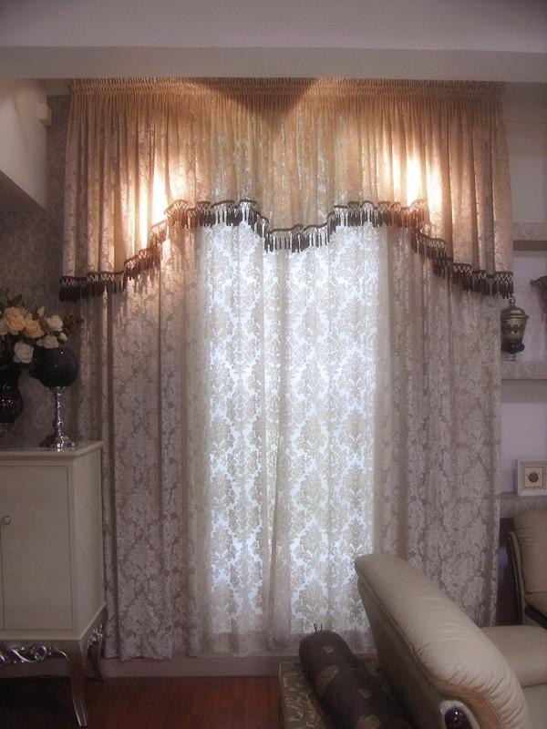 美式客厅高窗窗帘效果图