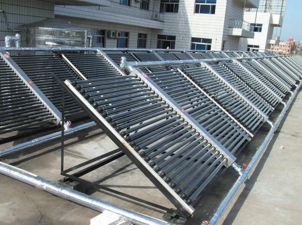 力诺瑞特平板太阳能水箱结构图