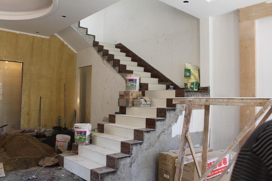 楼梯地砖初步效果图片